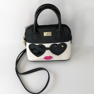 Betsey Johnson black sunglasses bag, NWT